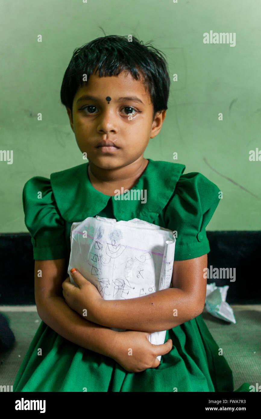 A school girl in SSS (Society for Social Service) Center, Tangail, Dhaka, Bangladesh © Jahangir Alam Onuchcha/Alamy - Stock Image