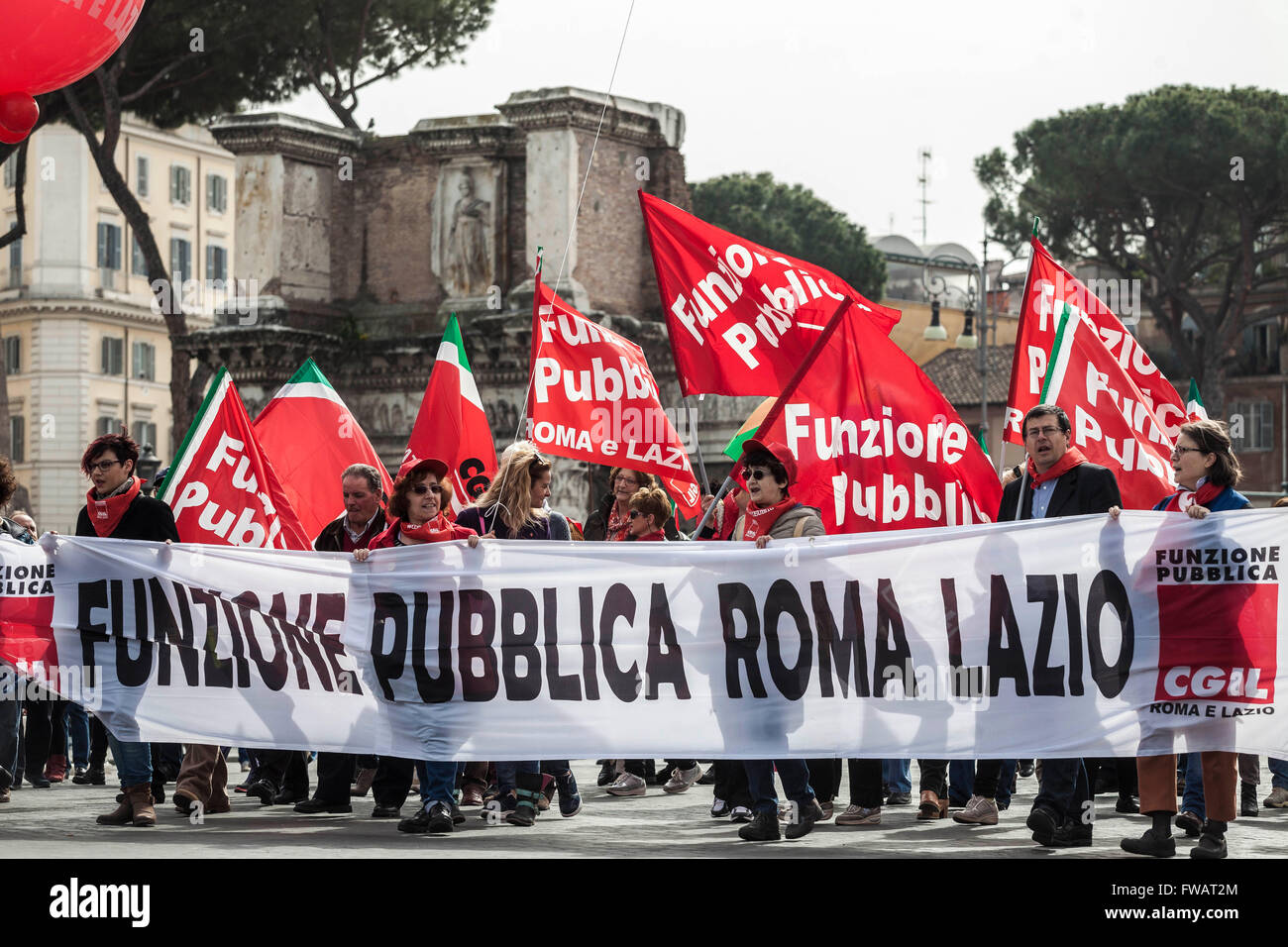 Rome, Italy. 02nd Apr, 2016. Members of three major Labor Unions of Italy (CGIL, CISL, UIL) take to the streets Stock Photo