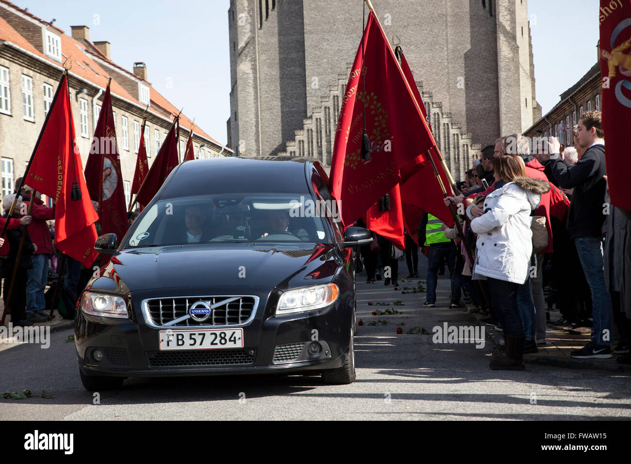 Copenhagen, Denmark, April 2nd, 2016. The hearse is leaving Grundvigs Kirke with the coffin of former Danish Prime - Stock Image