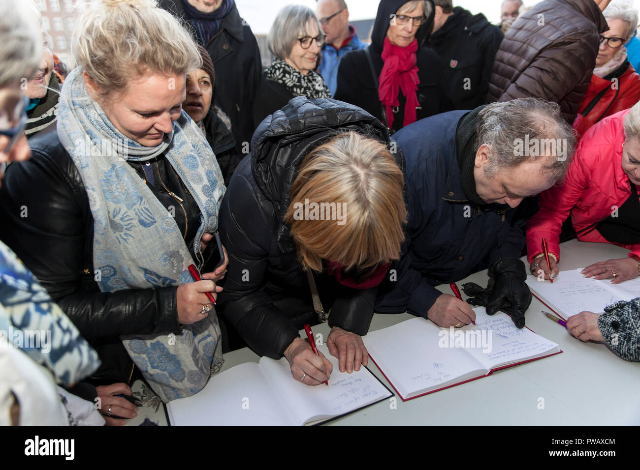 Copenhagen, Denmark, April 2nd, 2016. Many people participating in the memorial gathering at the Parliament Square - Stock Image