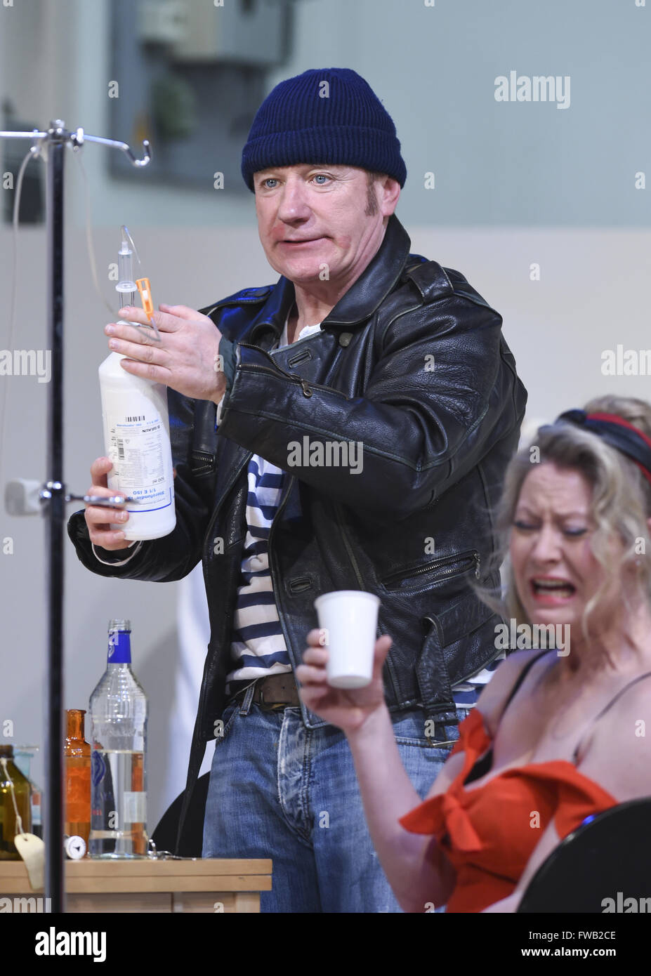 Berlin, Germany. 29th Mar, 2016. Actors Joerg Schuettauf (McMurphy, r) and Anne Rathsfeld (Candy Starr) pictured - Stock Image