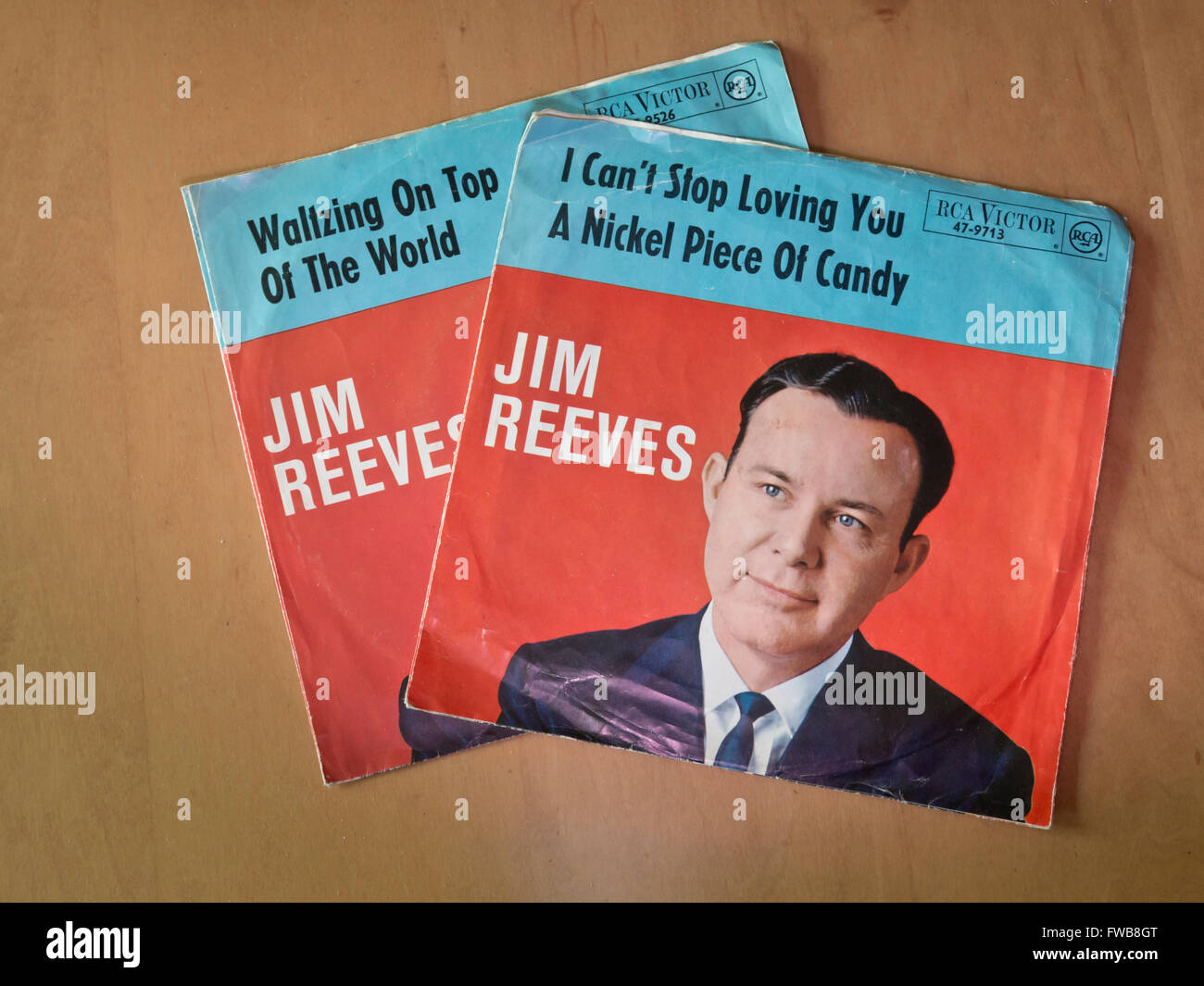 Jim Reeves, two vintage singles , covers with artists photograph - Stock Image