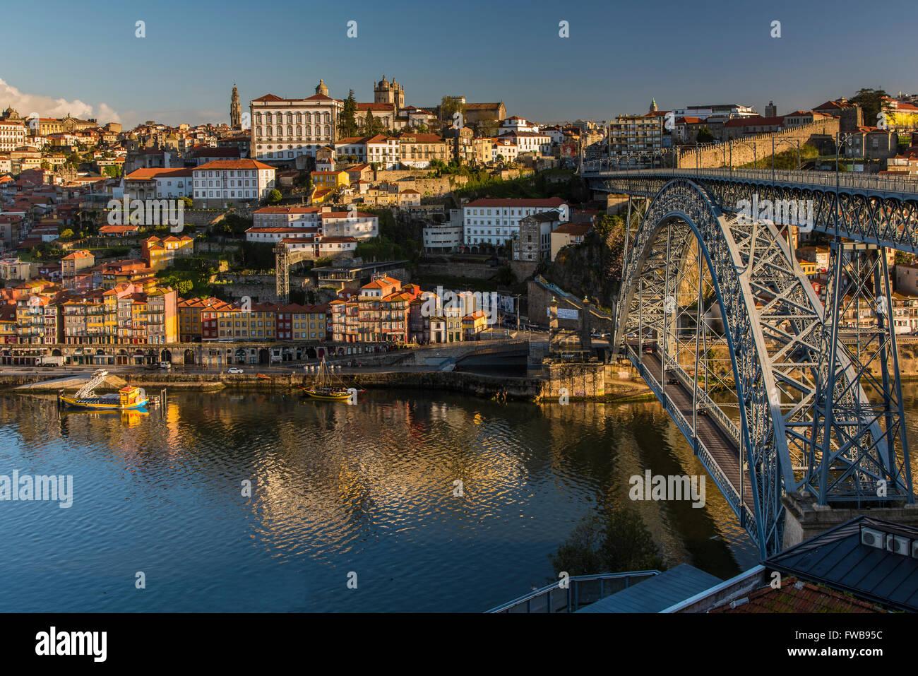 City skyline with Douro river and Dom Luis I bridge, Porto, Portugal - Stock Image