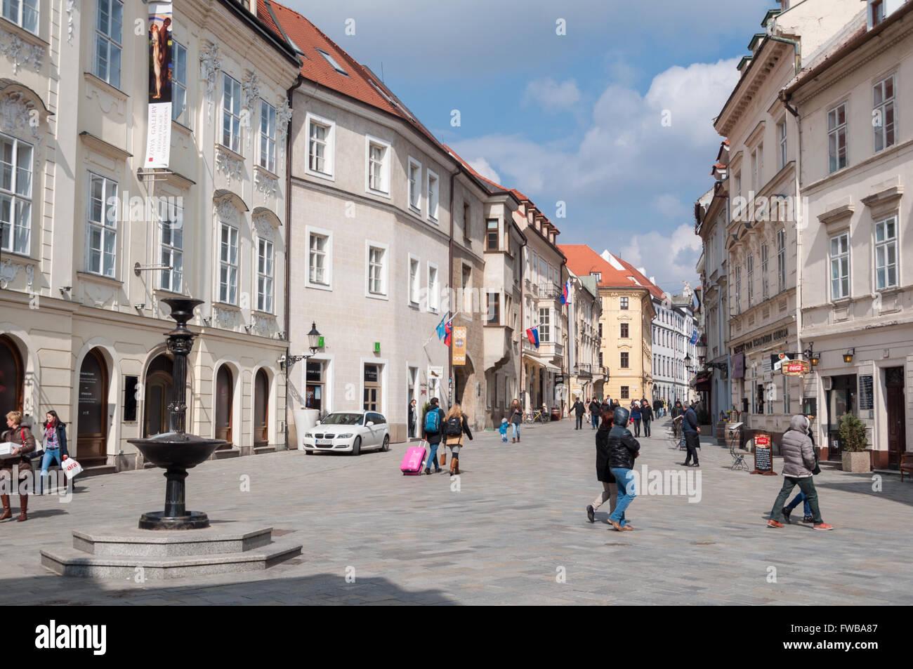 Venturska street with the Academia Istropolitana, Bratislava, Slovakia - Stock Image