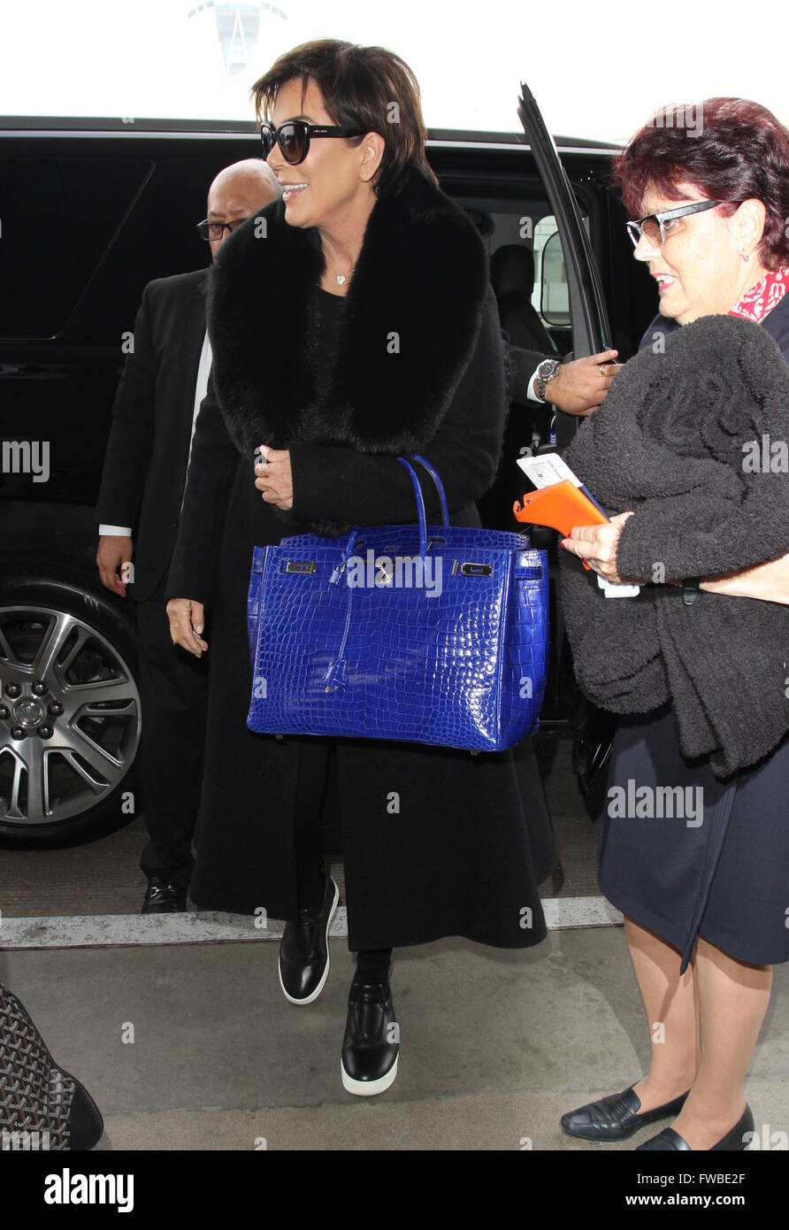 f1dfc34650ed09 Kris Jenner arrives at Los Angeles International (LAX) Airport Featuring:  Kris Jenner Where: Los Angeles, California, United States When: 02 Mar 2016