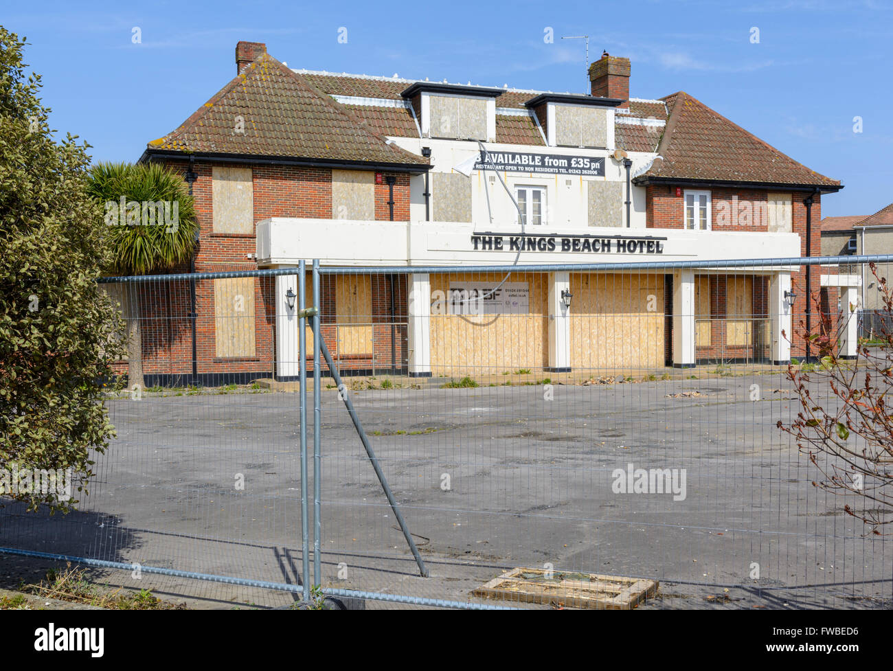 The Kings Beach Hotel after closure in Pagham, West Sussex, England, UK. - Stock Image