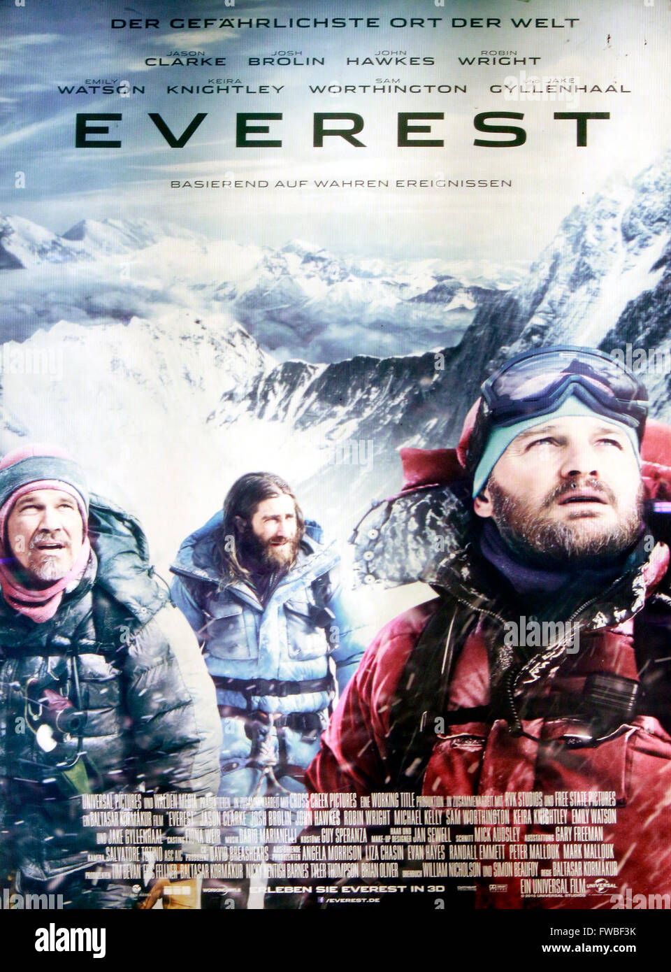 Werbung fuer den Spielfilm 'Everest', Berlin. - Stock Image