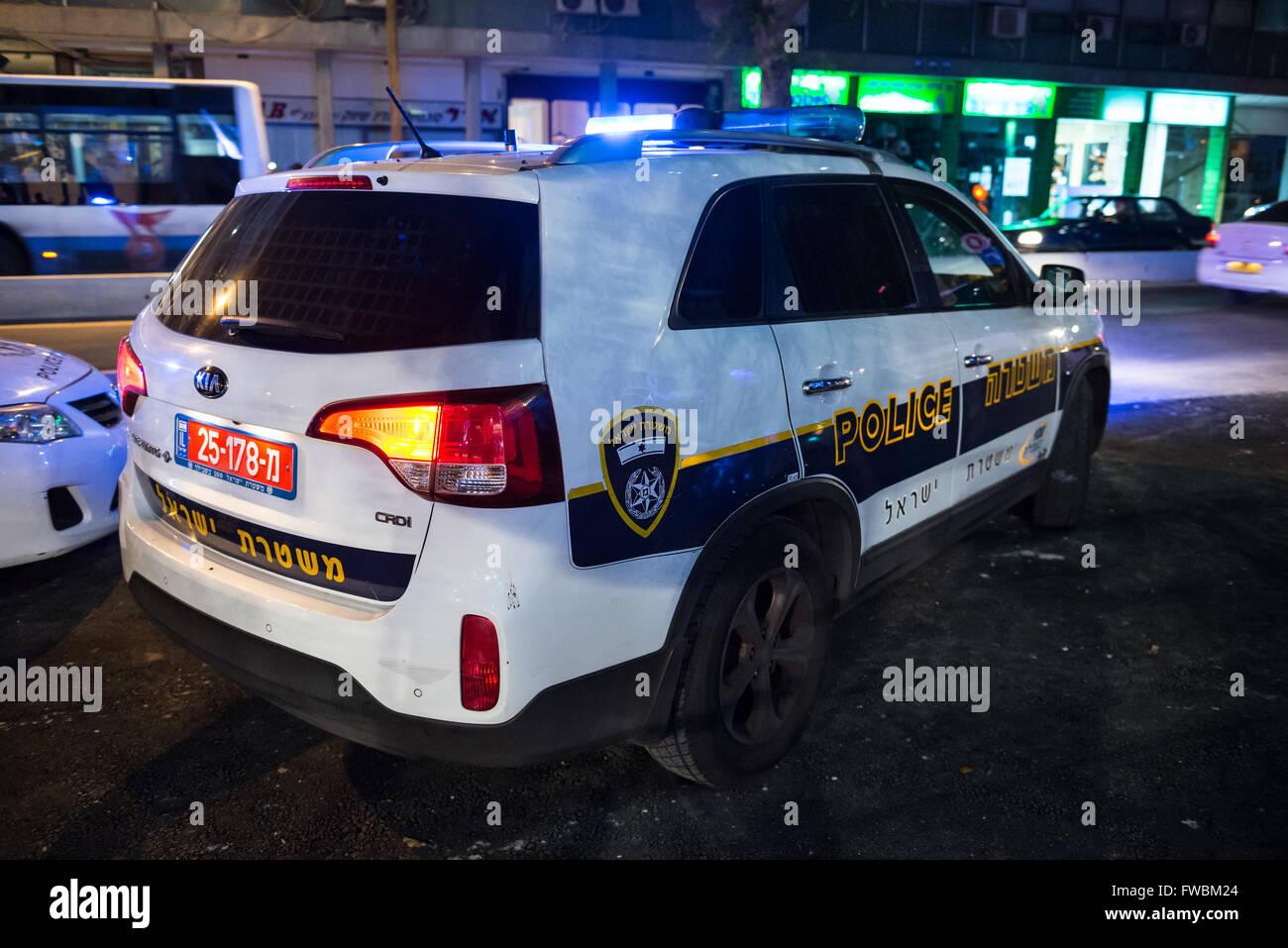 נפלאות Kia Sorento police car in Tel Aviv city, Israel Stock Photo DR-37
