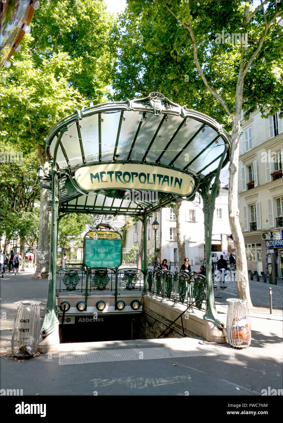 Paris Art Nouveau Metro Stock Photos & Paris Art Nouveau Metro Stock ...