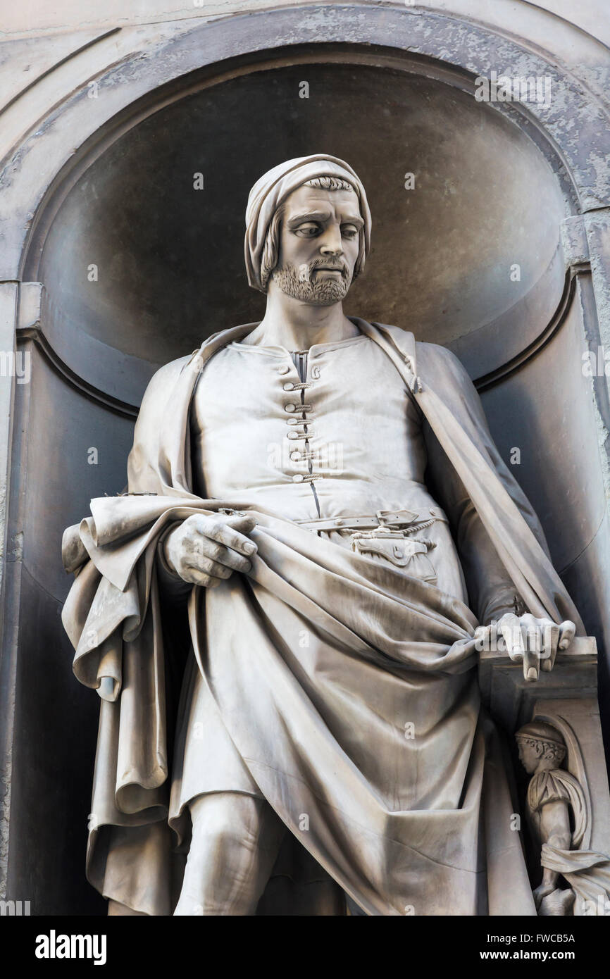 Florence, Florence Province, Tuscany, Italy.  Statue of Italian sculptor Nicola Pisano, also called Niccolò - Stock Image
