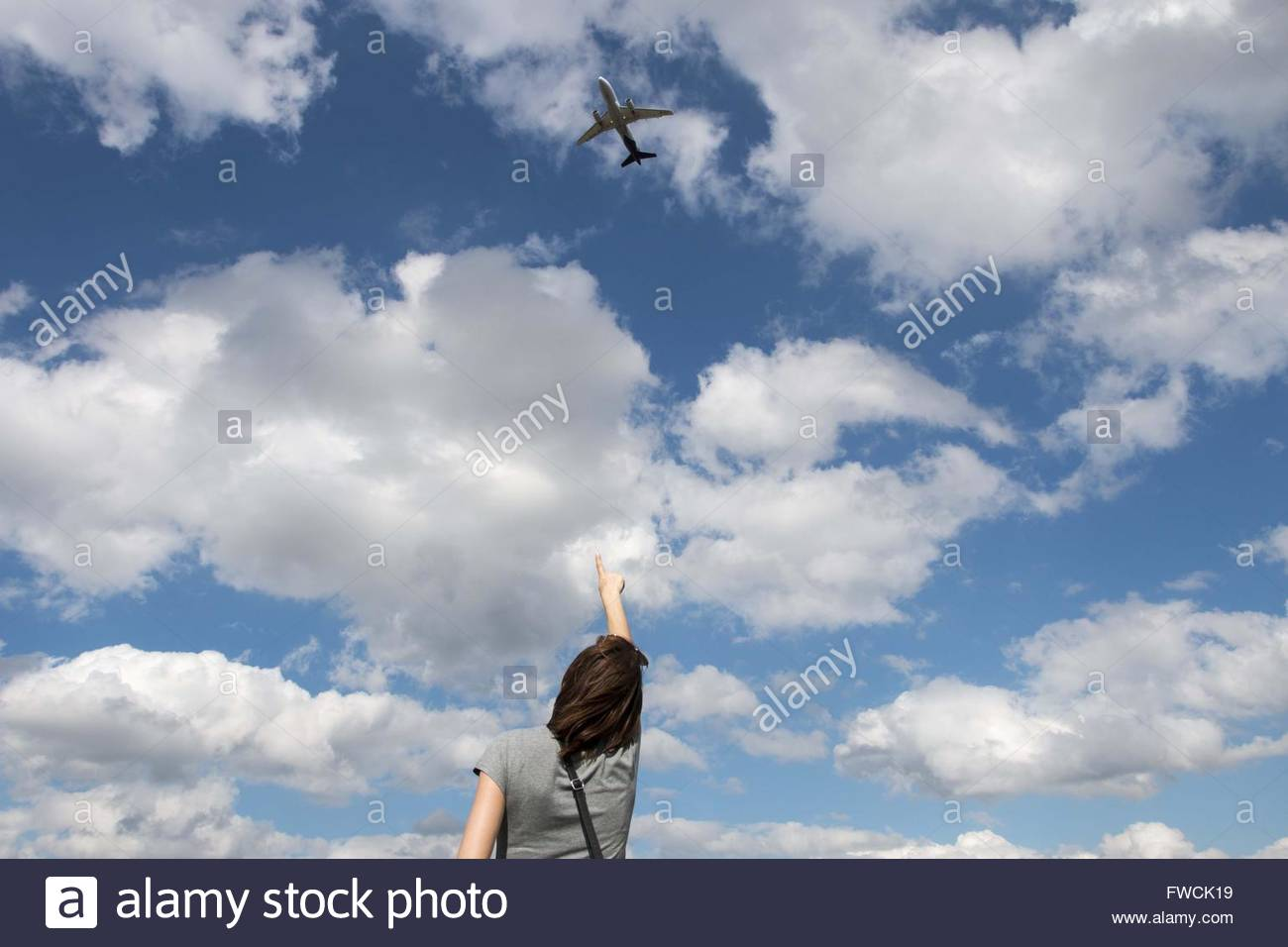 Zaventem, Belgium. 3rd Apr, 2016. Sandy de Maeseneire, watches as the flight SN1545 of Brussels airlines takes off - Stock Image