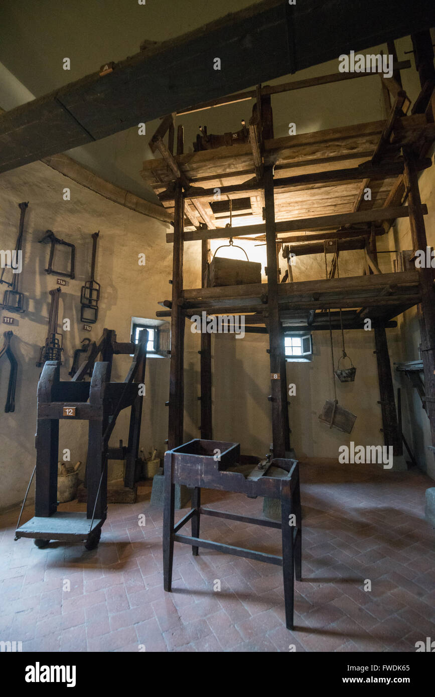 Display of original tools, or reconstructions, that were used in the building and subsequent restoration of Florence - Stock Image