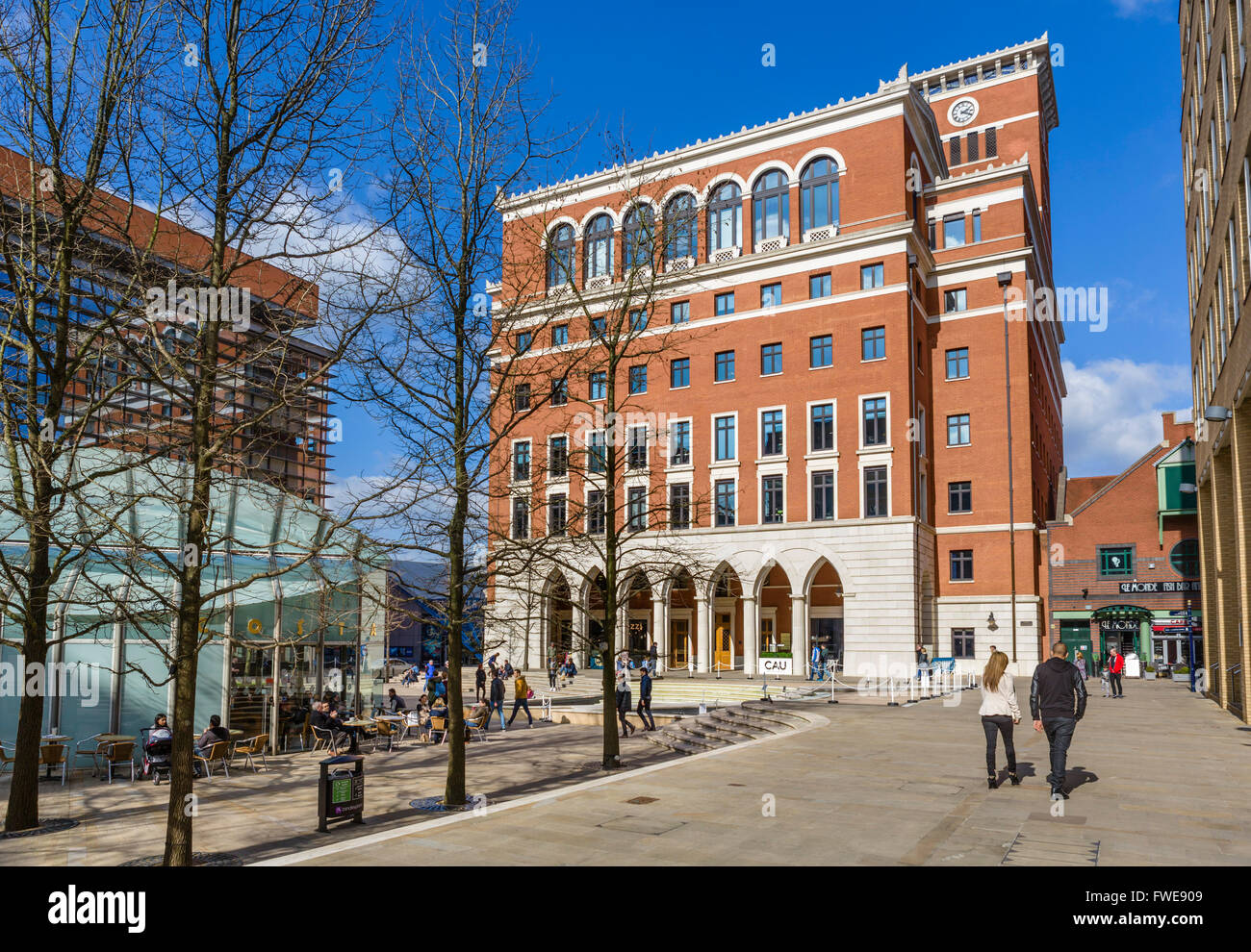 Central Square in the Brindley Place development in the city centre, Birmingham, West Midlands, England, UK - Stock Image