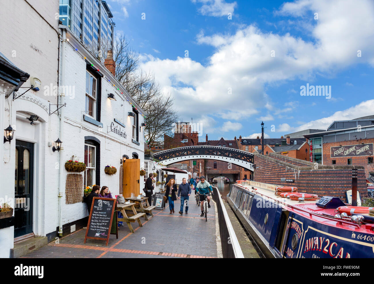 Canalside Cafe alongside the canal at Gas Street canal basin, Birmingham, West Midlands, England, UK - Stock Image