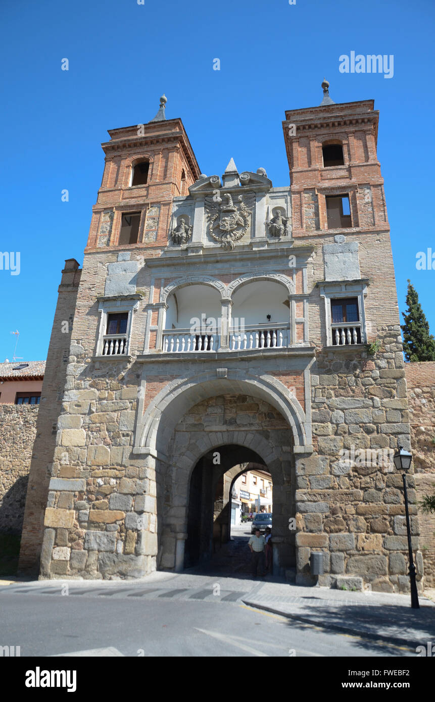 Puerta del Cambrón.  Toledo is a municipality located in central Spain, 70km south of Madrid. It is the - Stock Image