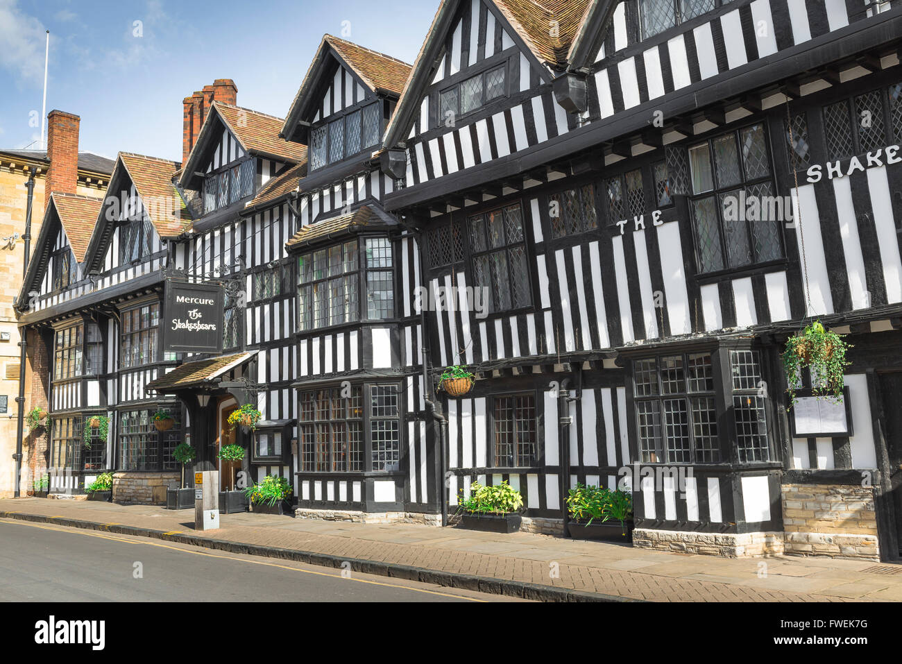 The Shakespeare Hostelrie hotel in Chapel Street, Stratford Upon Avon, England. - Stock Image