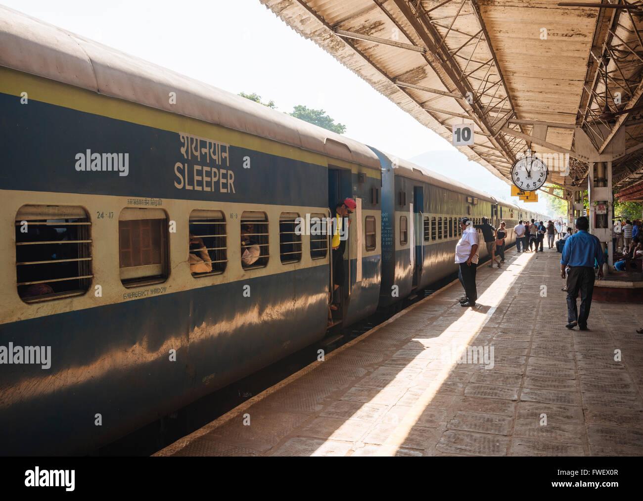 Karwal train station platform, Goa, India, South Asia - Stock Image