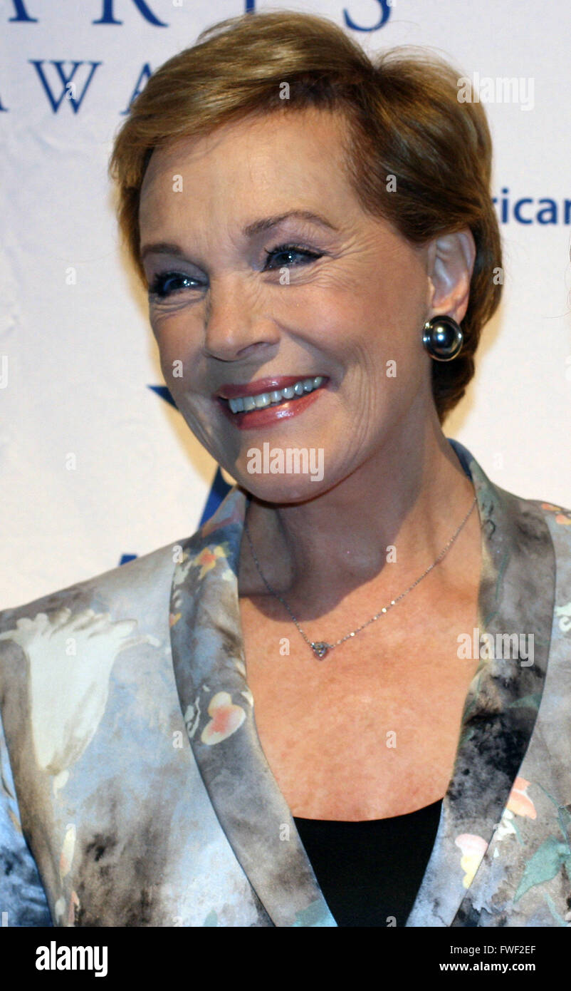 Dame Julie Andrews at The 2008 Americans For The Arts Annual National Arts Awards. Cipriani 42nd Street, New York - Stock Image