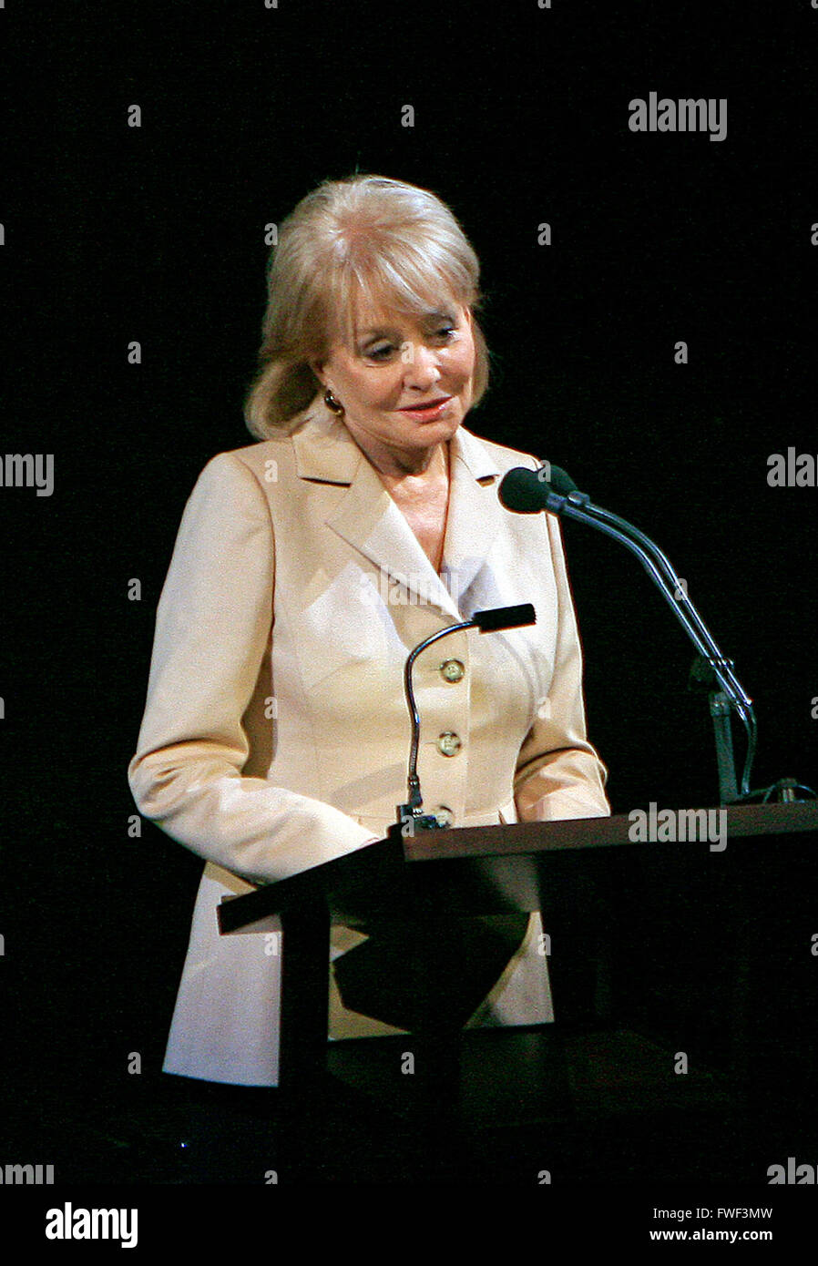 Barbara Walters at the special tribute to the late soprano Beverly Sills. Lincoln Center for the Performing Arts, Stock Photo