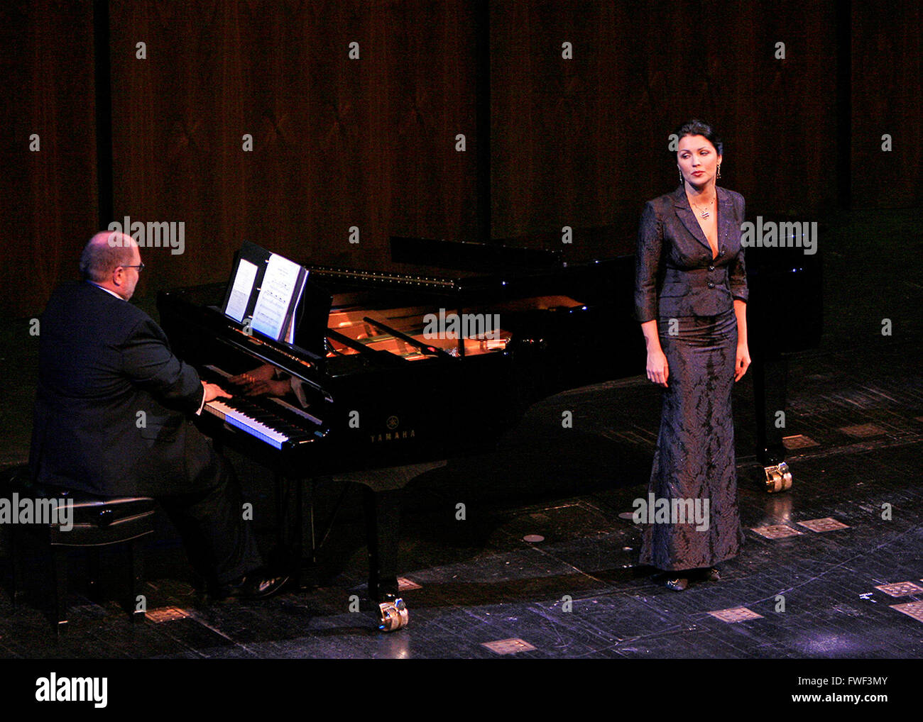 Anna Netrebko at the special tribute to the late soprano Beverly Sills. Lincoln Center for the Performing Arts, Stock Photo