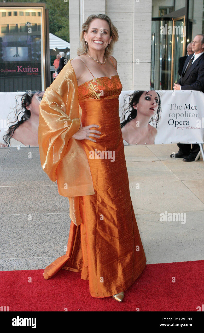 Cady Huffman attends the Metropolitan Opera's Opening Night Gala of Donizetti's Lucia di Lammermoor, New York - Stock Image