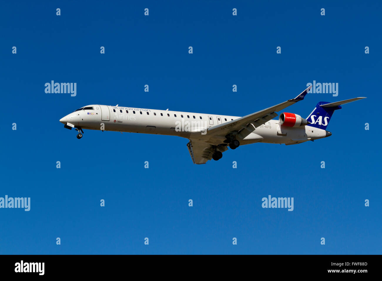 SAS / Cimber Air, CanadAir Bombardier CRJ-900ER, OY-KFD, flight SK2684 on final approach to Kastrup Airport, CPH, - Stock Image