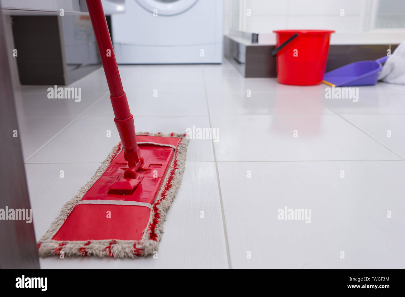 how to clean white floor