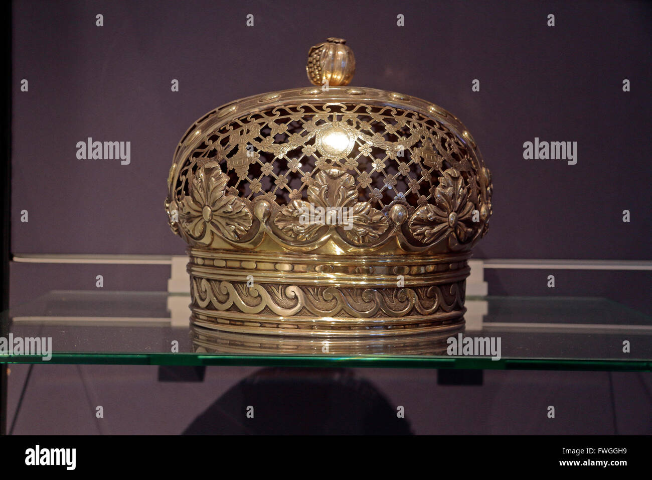 A Torah crown for the Festival of the Rejoicing of the Law from 1675 in the Jewish Historical Museum, Amsterdam, - Stock Image