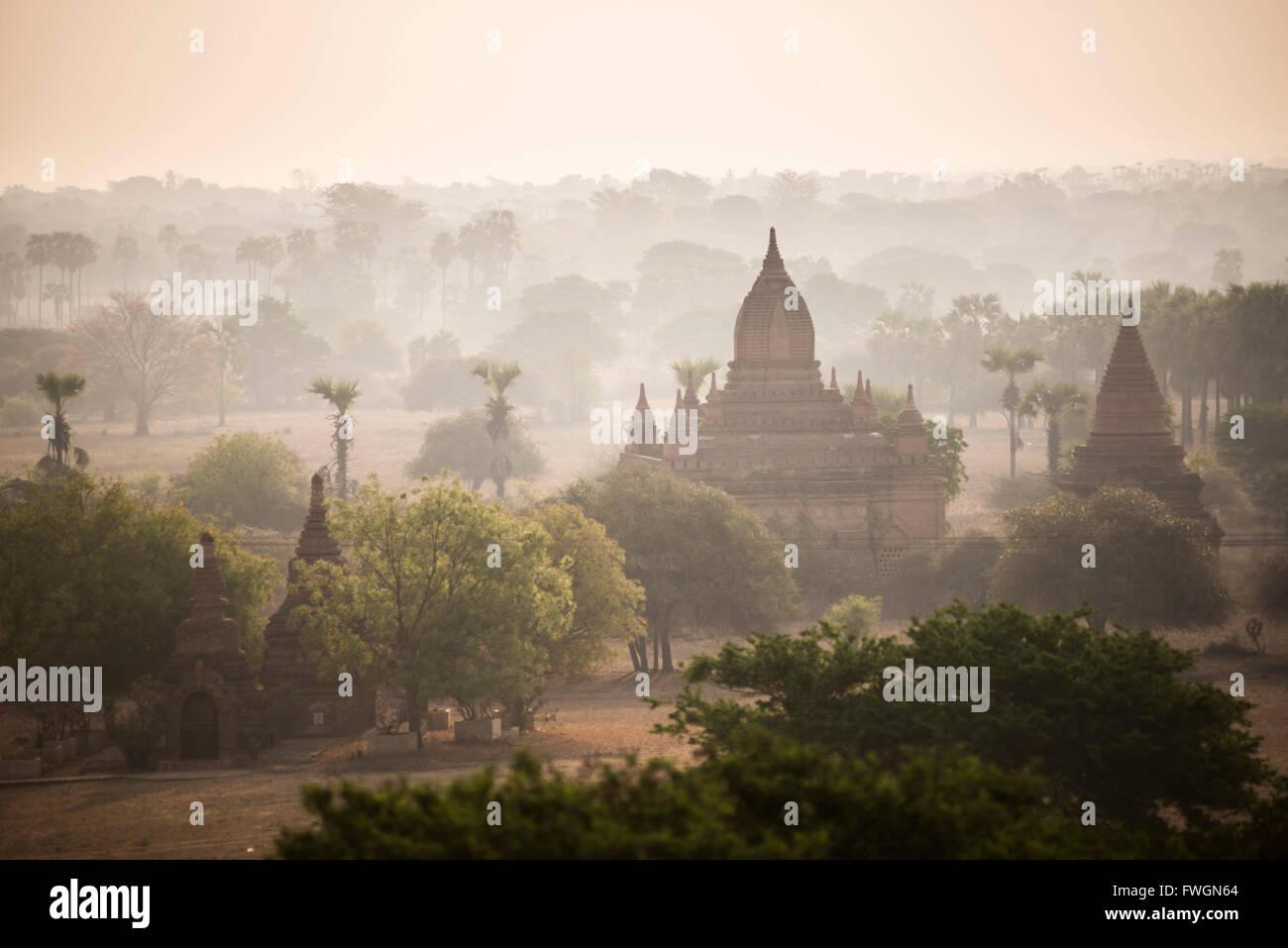 Sunrise at the Temples of Bagan (Pagan), Myanmar (Burma), Asia - Stock Image