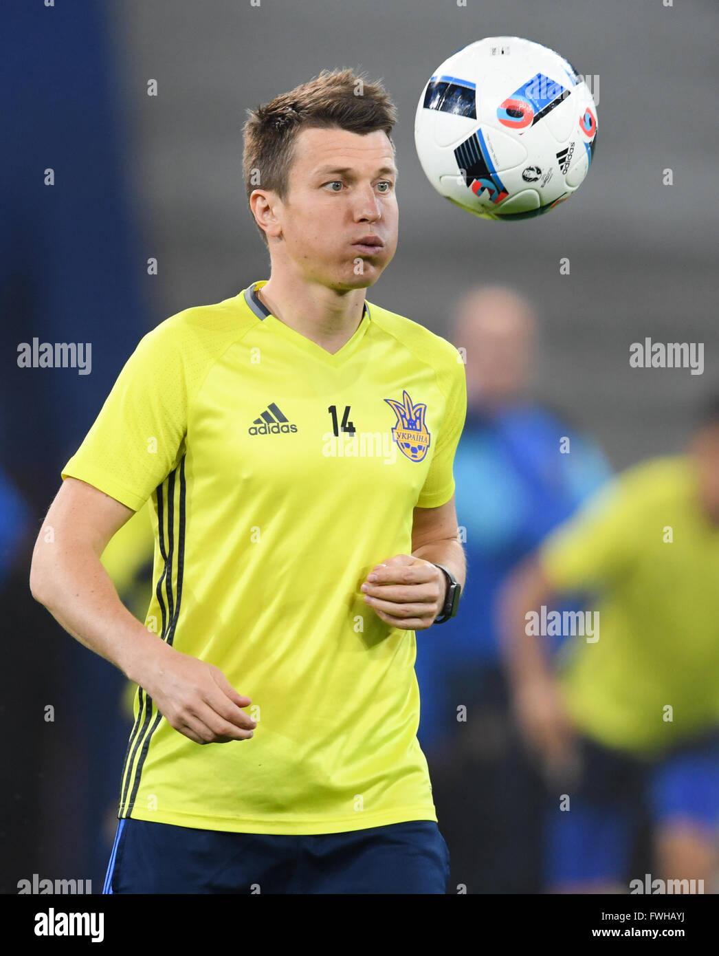 810221df8902 Ruslan Rotan of Ukraine during a training session at Stade Pierre Mauroy in  Lille, France