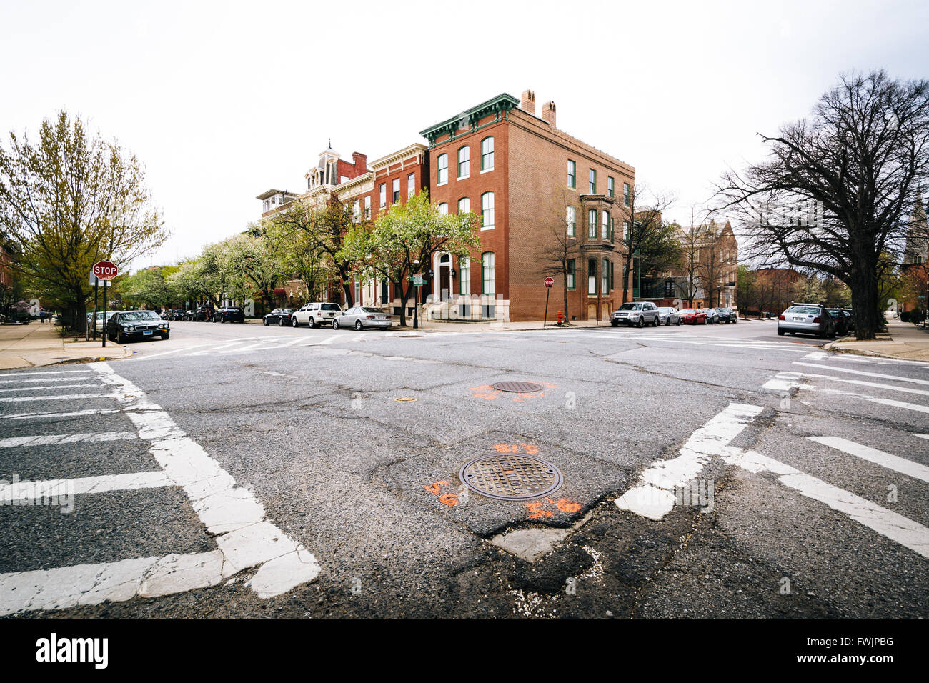 Intersection in Bolton Hill, Baltimore, Maryland. - Stock Image