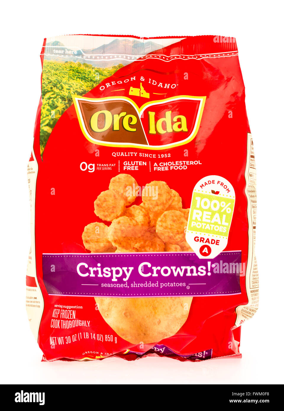Winneconne, WI - 29 August 2015: Bag of Ore Ida crispy crowns, made from 100% potatoes. - Stock Image