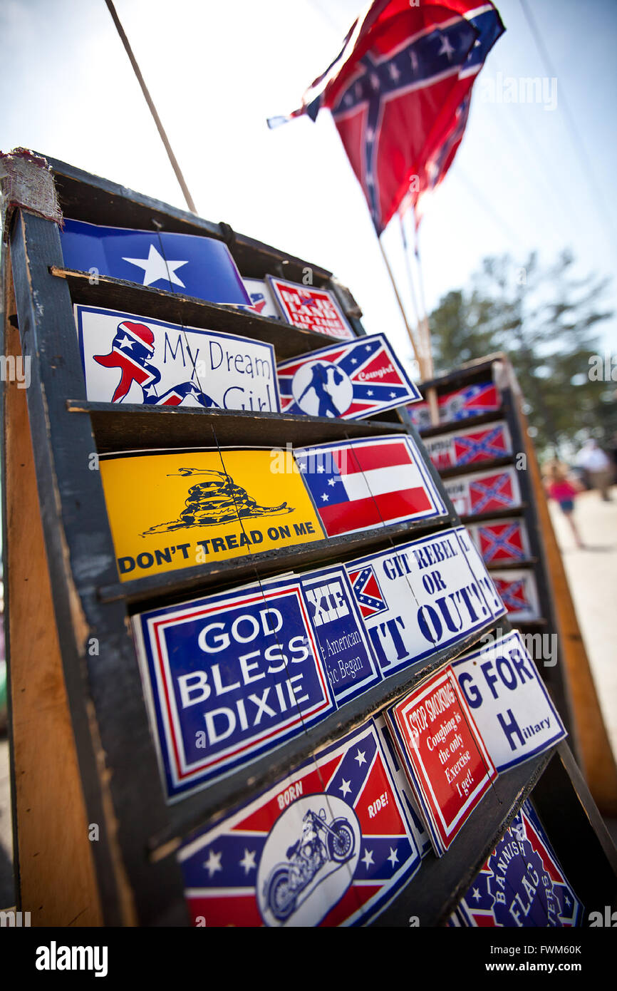 Confederate and racist bumper stickers in St. George, SC - Stock Image