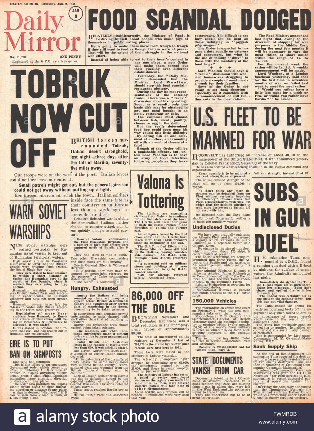 1941 front page  Daily Mirror Tobruk cut off and food scandal article - Stock Image