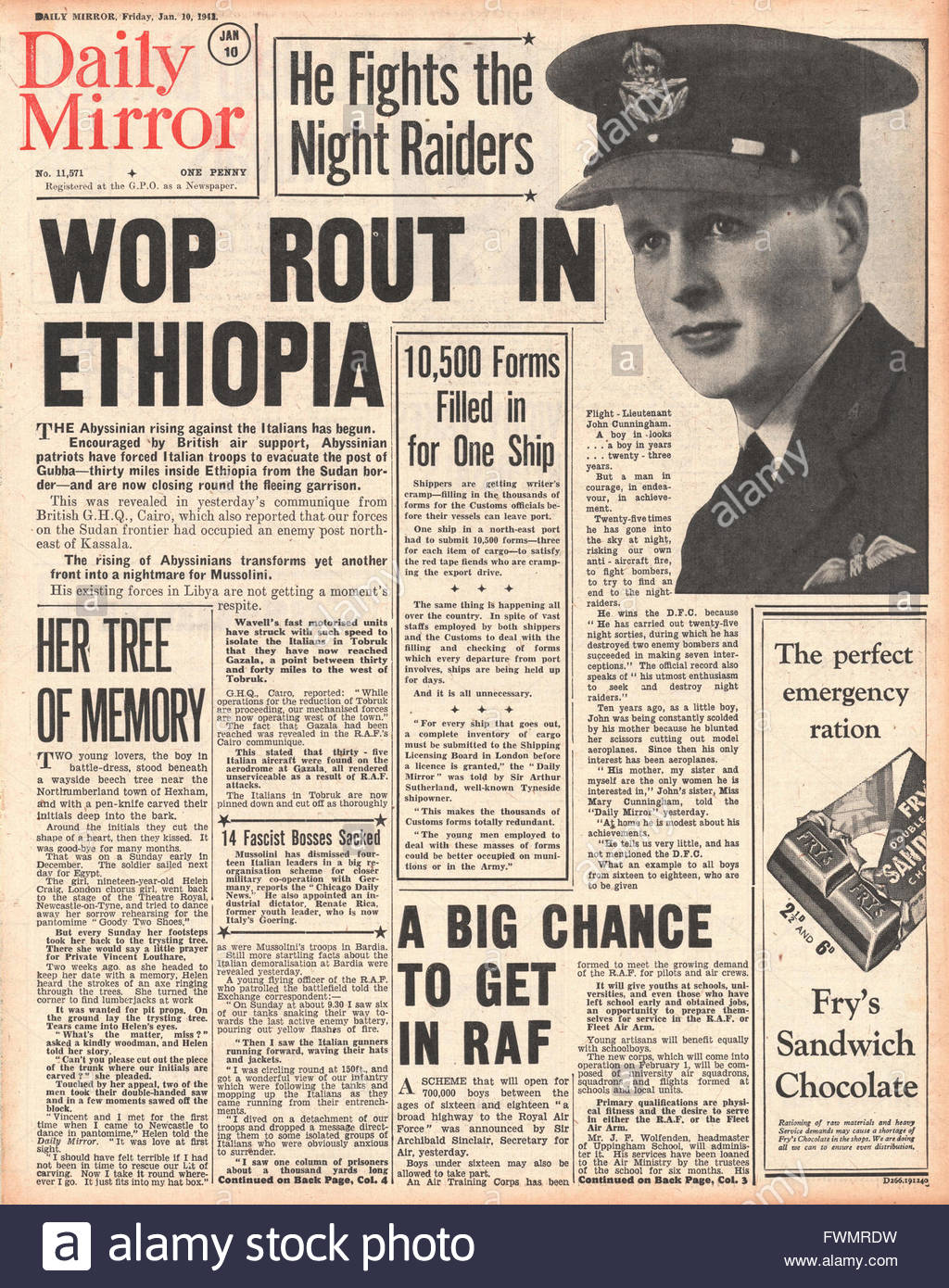 1941 front page  Daily Mirror Italians routed in Ethiopia and John Cunningham wins the DFC - Stock Image