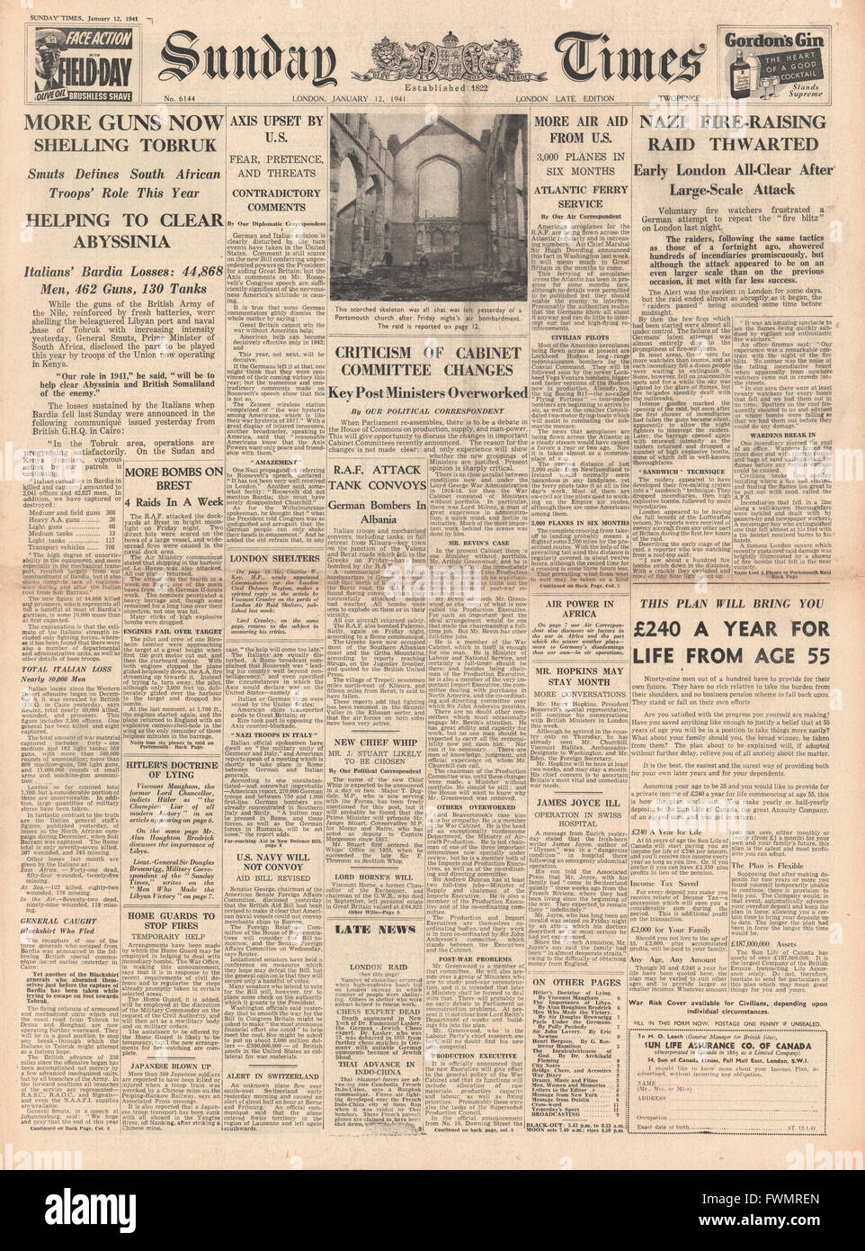1941 front page Sunday Times British Forces bombard Tobruk and bombing raids on Britain - Stock Image