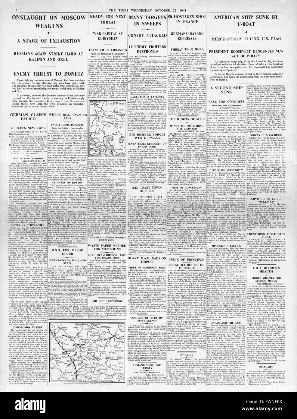 1941 page 4 The Times Battle for Moscow, Executions in Nantes and U.S. Cargo ship Lehigh sunk by submarine U-126 Stock Photo