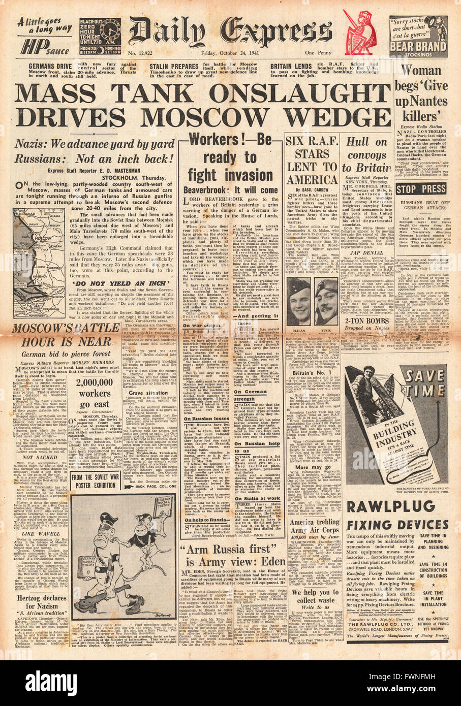 1941 front page Daily Express German Tanks attack Moscow Stock Photo