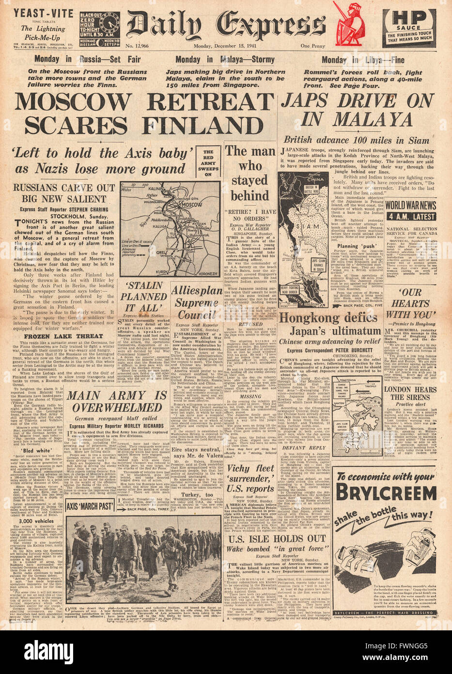 1941 front page Daily Express Moscow Retreat worries Finland and Japanese forces advance in Malaya - Stock Image