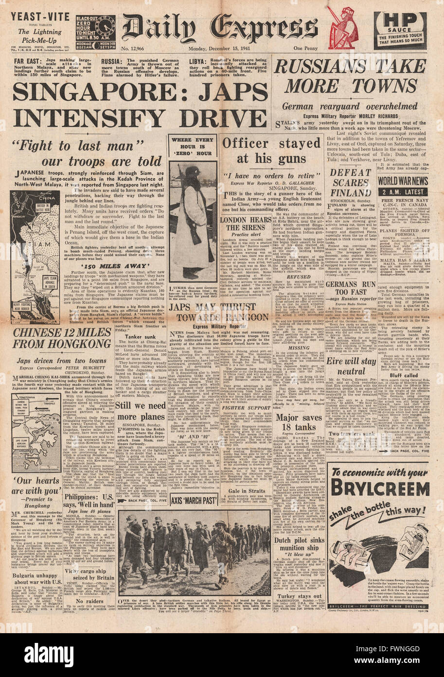 1941 front page Daily Express Japanese Army advance to Singapore and Germans retreat in Russia - Stock Image