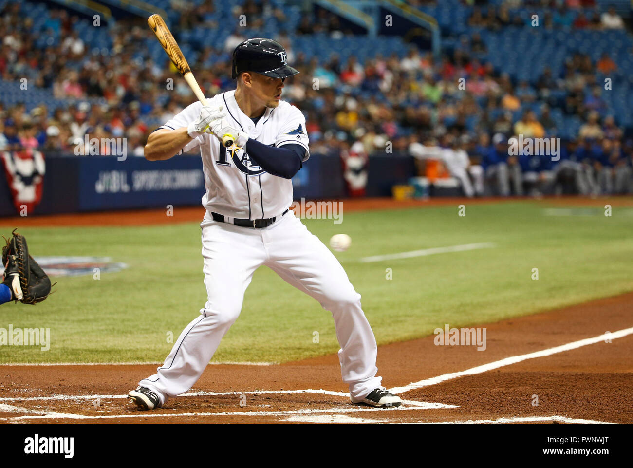 St. Petersburg, Florida, USA. 6th Apr, 2016. WILL VRAGOVIC | Times.Tampa Bay Rays left fielder Brandon Guyer (5) - Stock Image