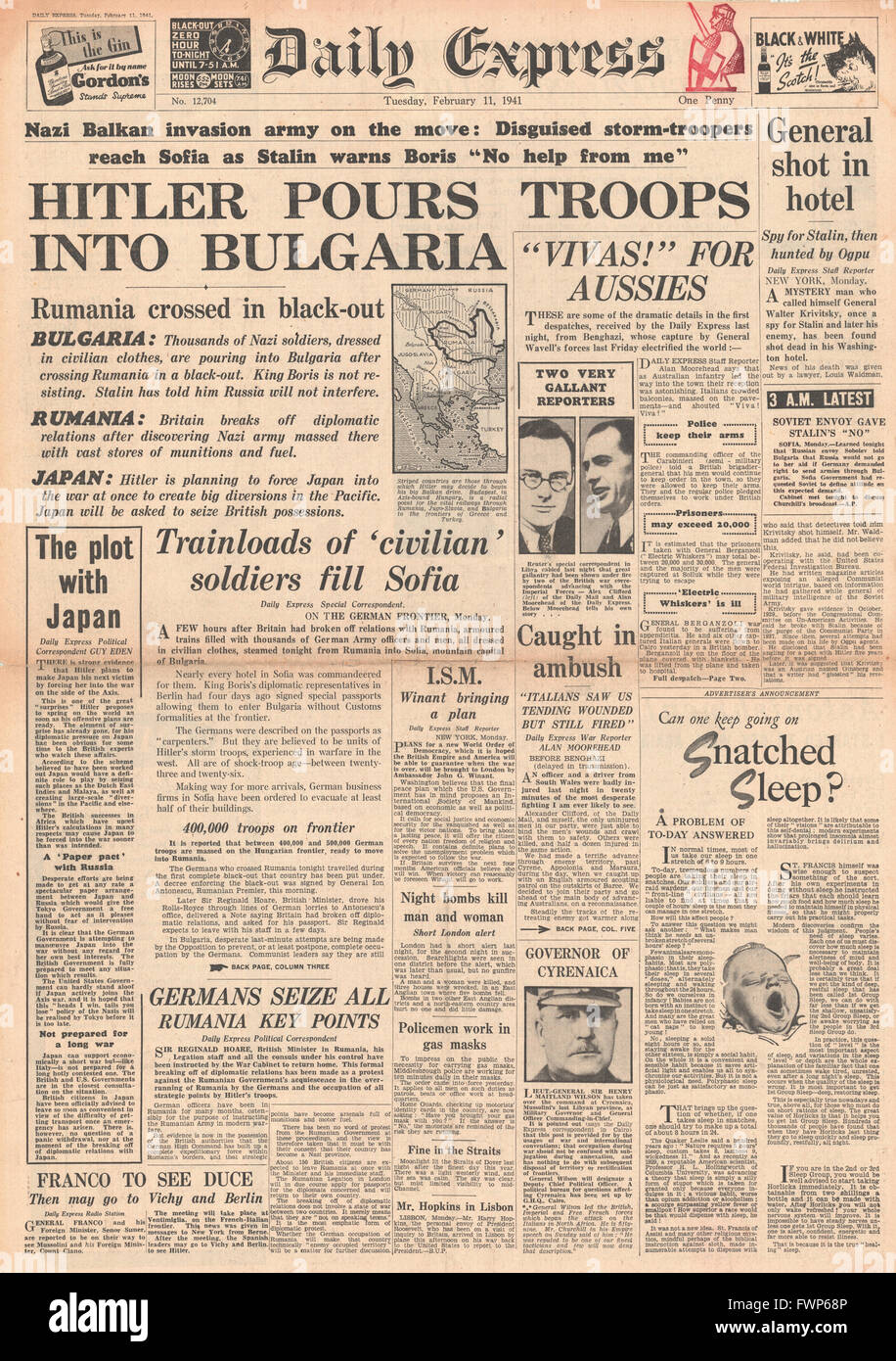 1941 front page  Daily Express German Troops enter Bulgaria - Stock Image