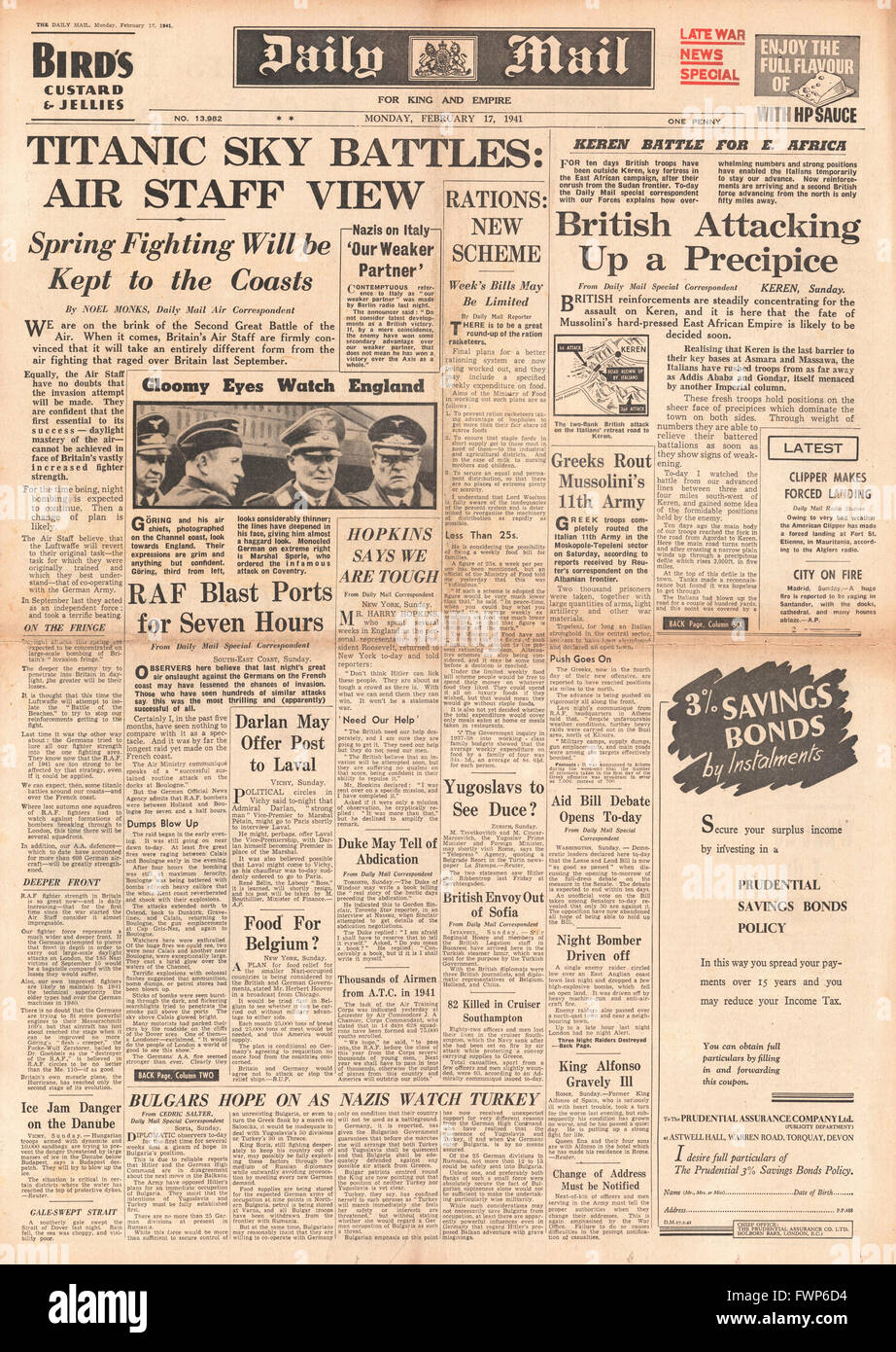 1941 front page Daily Mail Air Staff predict renewed Air Battles over Britain - Stock Image