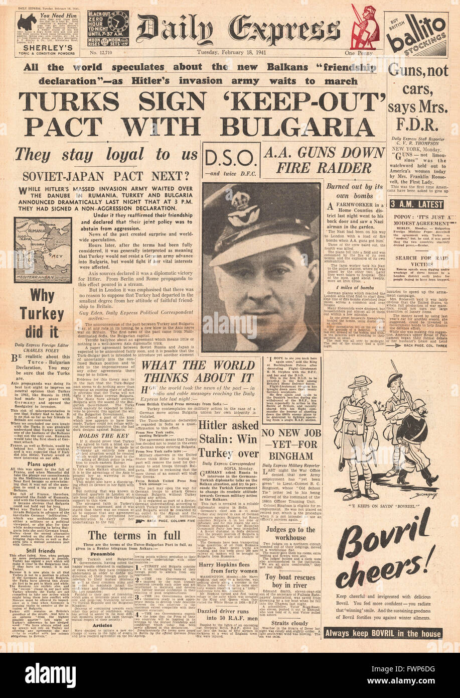 1941 front page Daily Express Turkey and Bulgaria friendship pact and U.S.considers food supplies to Britain - Stock Image
