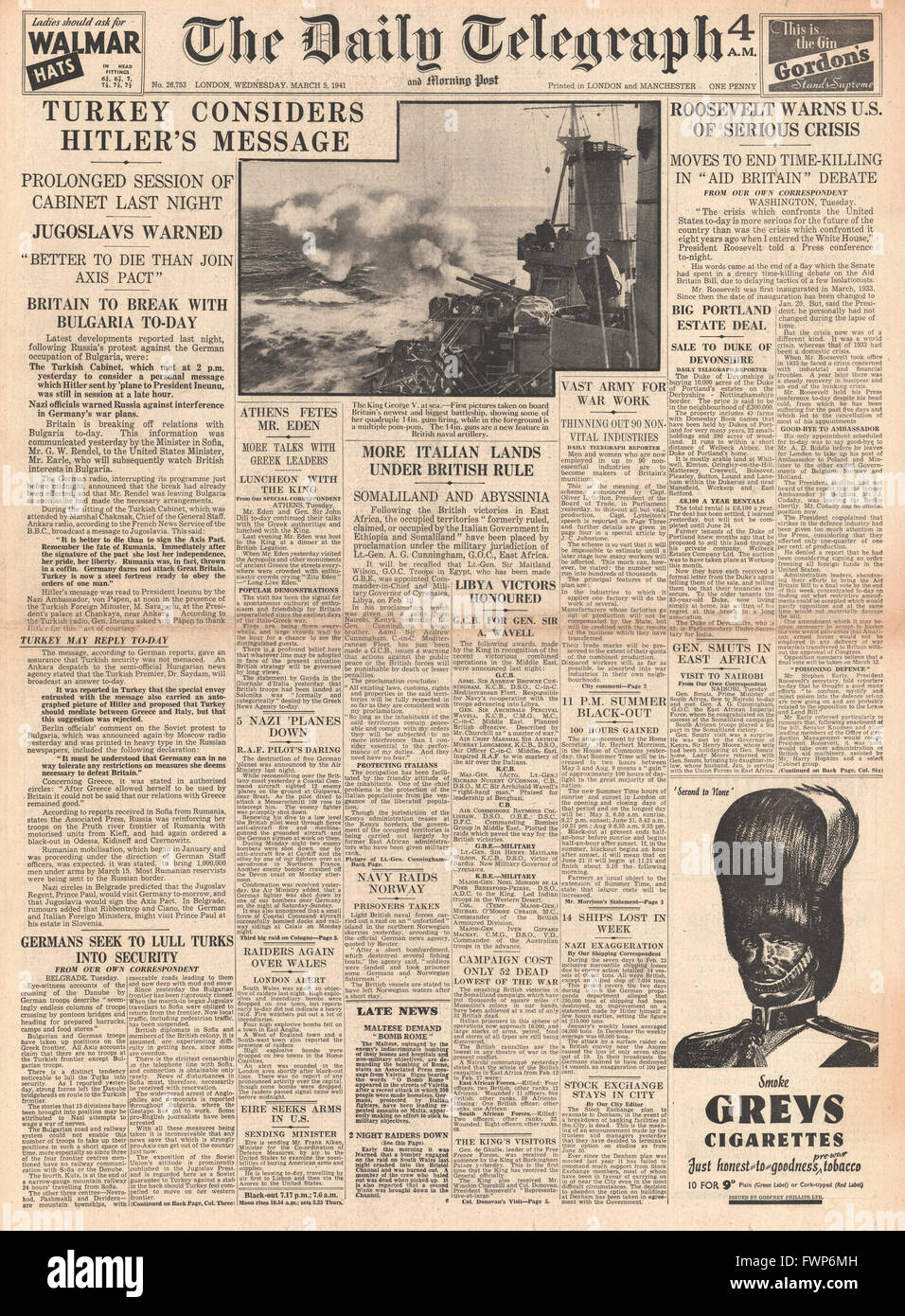 1941 front page Daily Telegraph Turkey considers Hitler's message of friendship and Roosevelt concern over delay - Stock Image