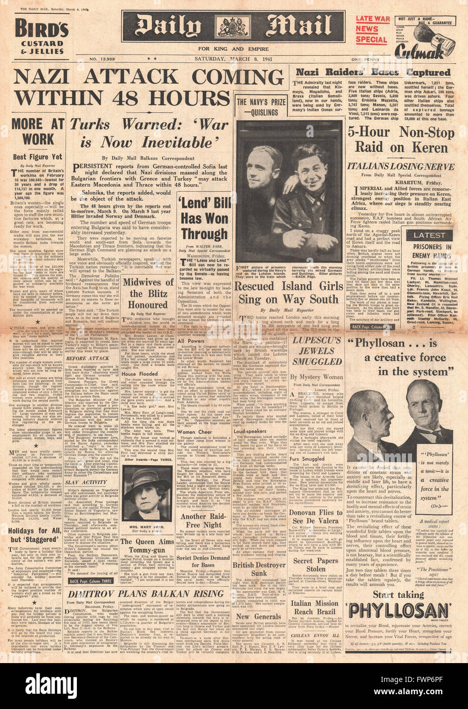 1941 front page Daily Mail German forces build up on Greek and Turkish borders - Stock Image