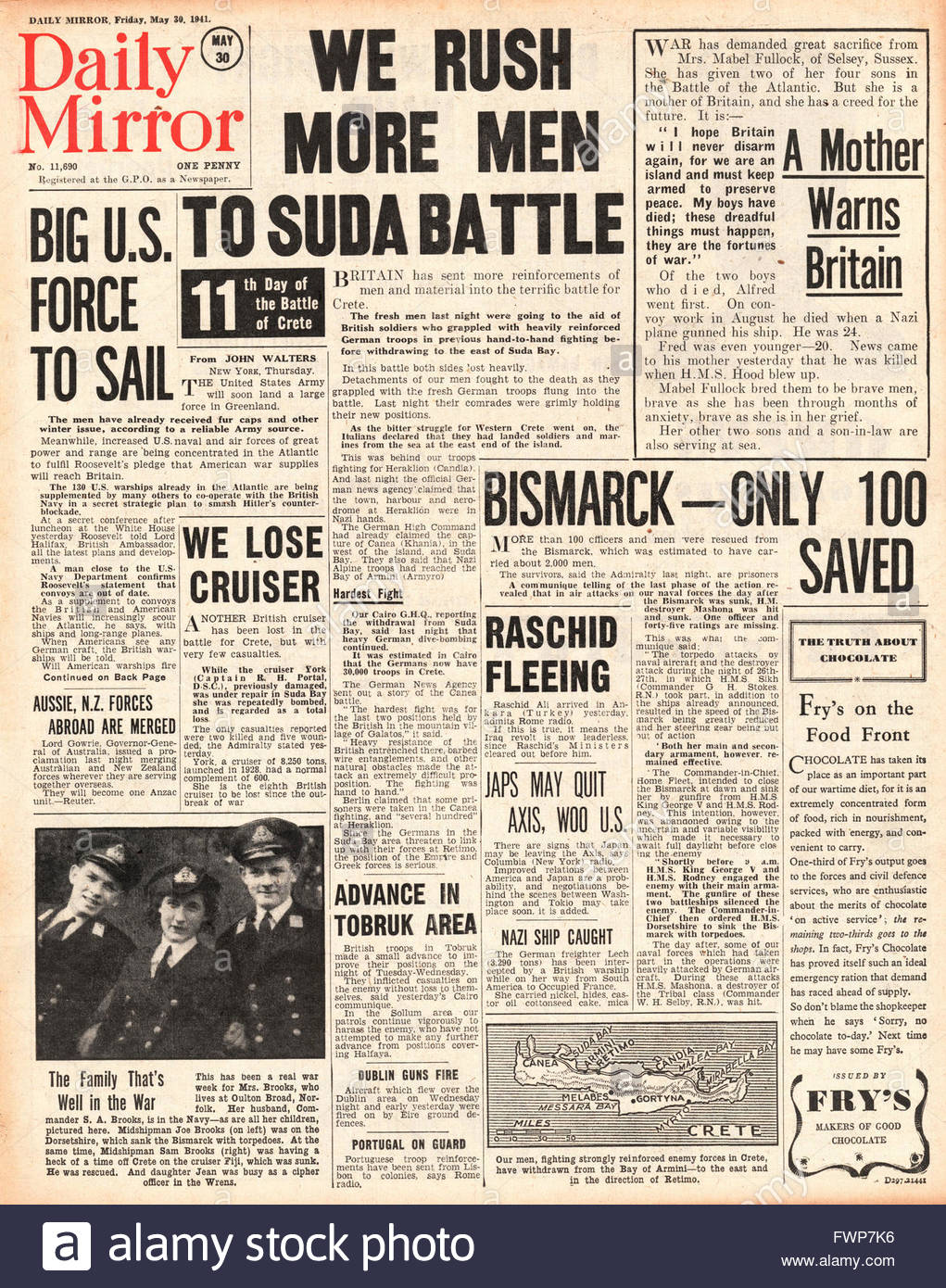 1941 front page  Daily Mirror Battle for Crete and Bismarck sunk - Stock Image