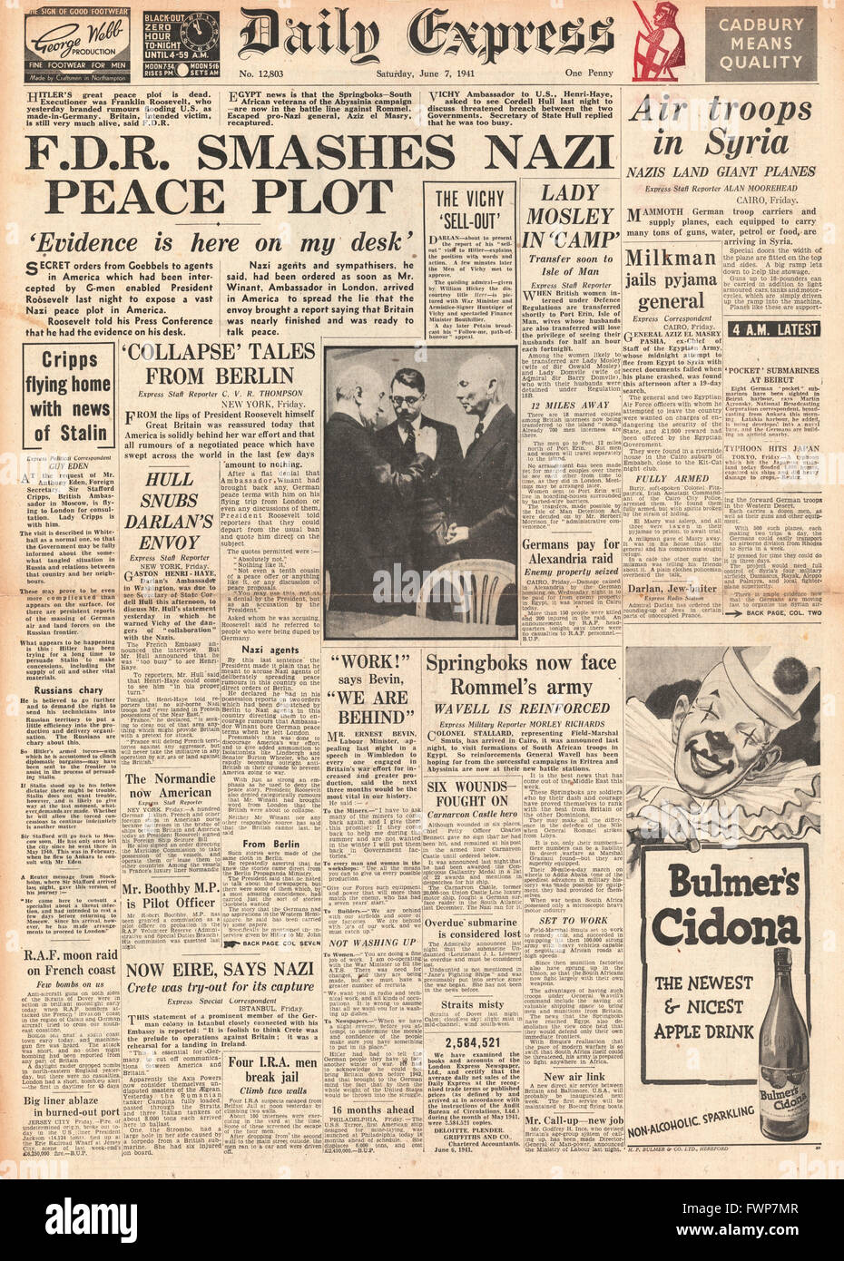 1941 front page Daily Express Roosevelt smashes Nazi peace plot - Stock Image