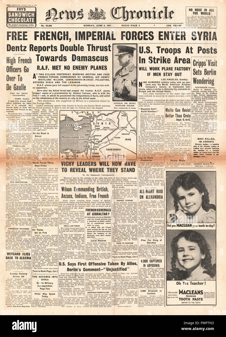 1941 front page  News Chronicle British and Free French Forces enter Syria - Stock Image