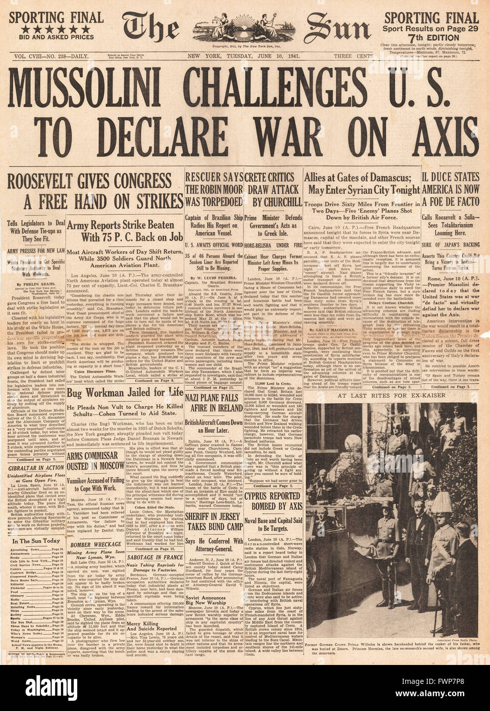 1941 front page  The Sun (New York) Mussolini challenges U.S. to declare war - Stock Image